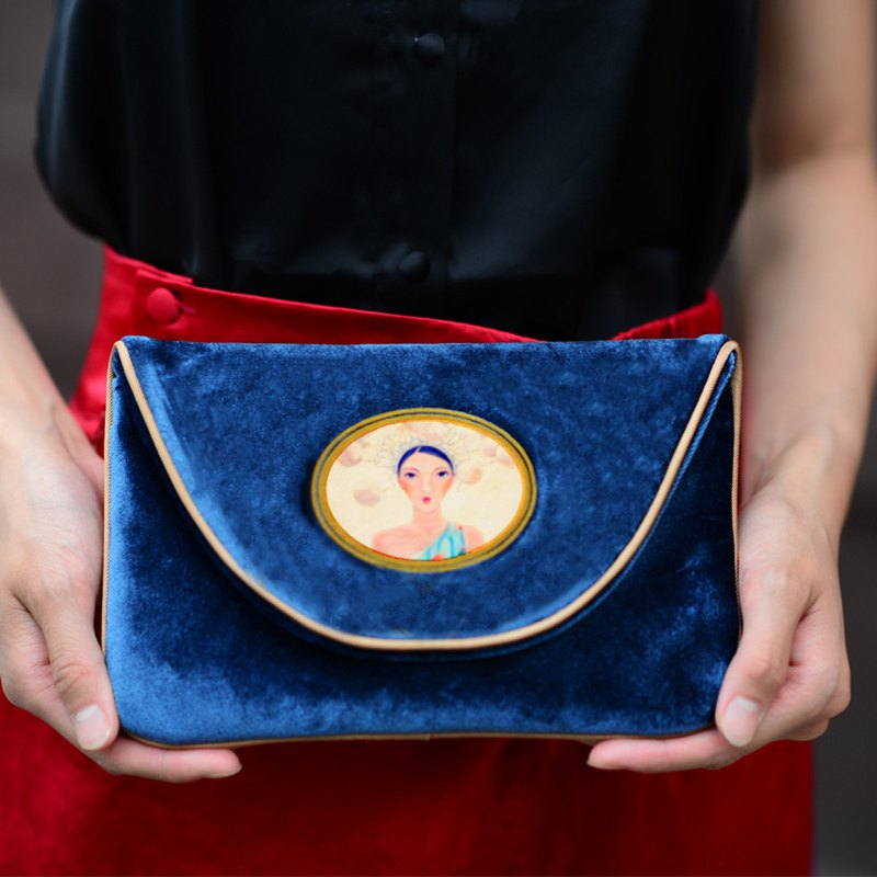 CoinQian handmade blue velvet retro envelope bag clutch