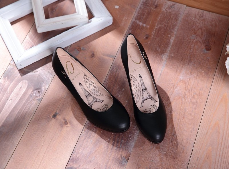 Dora - classic black - plain round leather high heels (sold out not chasing)