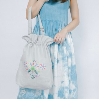 Cotton Canvas Denim Embroidery Totebag - My Dream Flower Sea