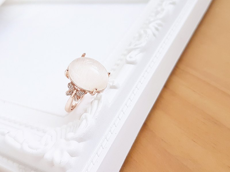 Belle Blossoming White Rabbit Hair White Hair Crystal 925 Rose Gold Plated Ring Ring Adjustable Only One