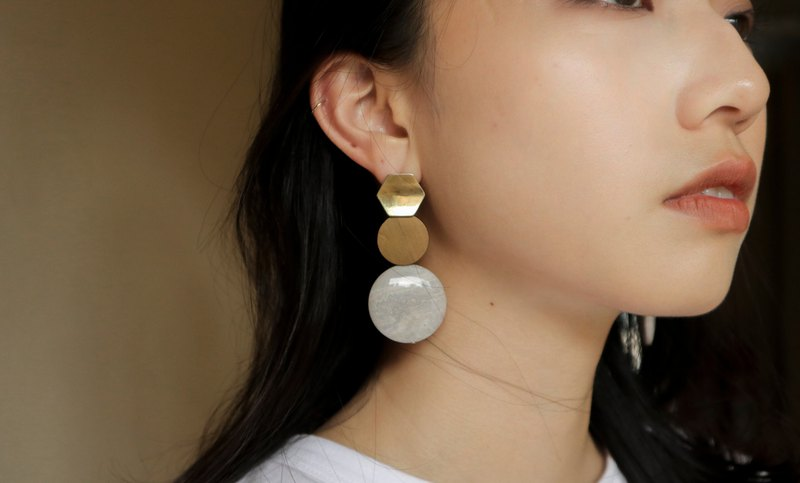 Round 氐 Freedom Country Pop Style Geometric Earrings