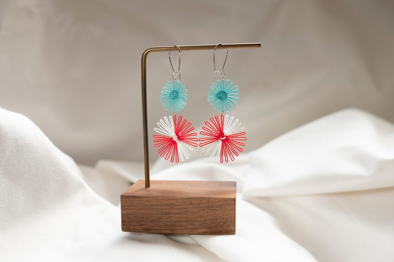 Firework festival embroidery earrings (gorgeous) :: Miss Naoko ::