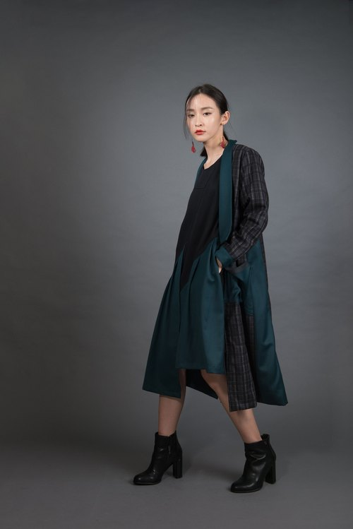 Dark green forest long coat