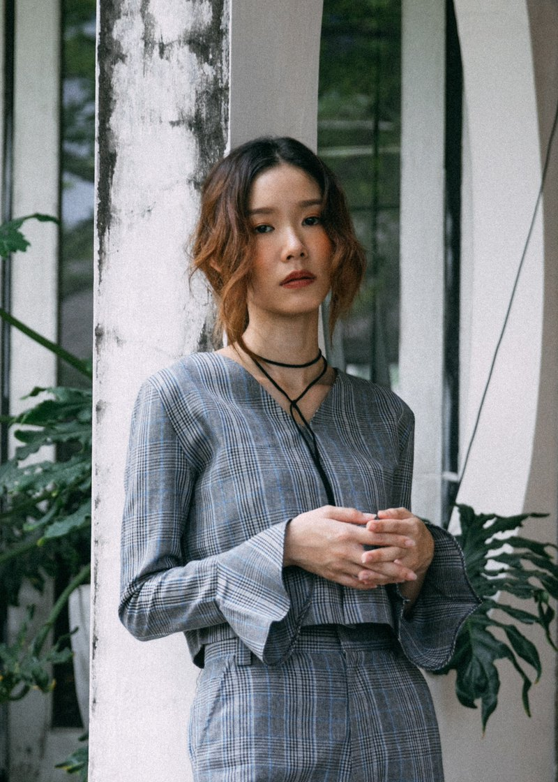 COOL GREY CHECK PLAID V NECK CROP TOP BLOUSE WITH FLARE LONG SLEEVE