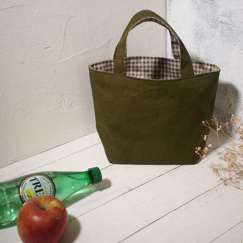 Every family wine series Bento bag / bag / Limited hand bag / grass green / available in stock