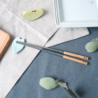 【KROLL】 Pure titanium household chopsticks (cypress wood)