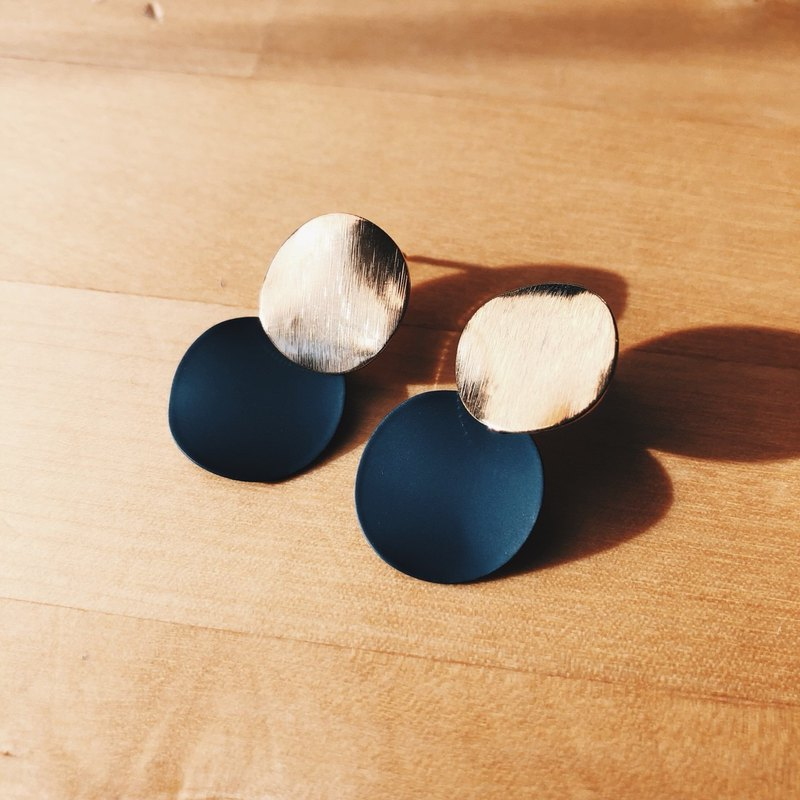 Gold fog double disc - blue droop earrings earrings (pair) = can change ear clip =