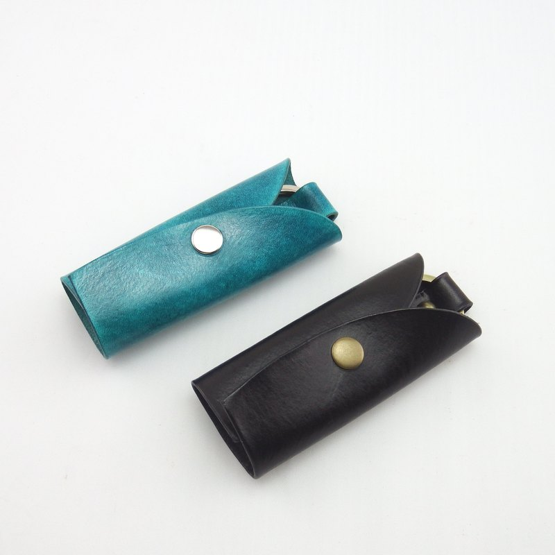 Custom Simple Leather Key Case - Elegant Blue Devil Black