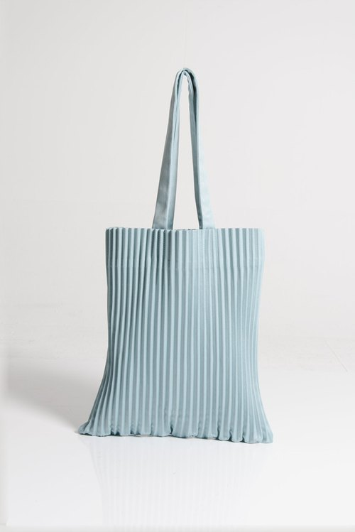 NEW! aPulp Tote bag in Teal