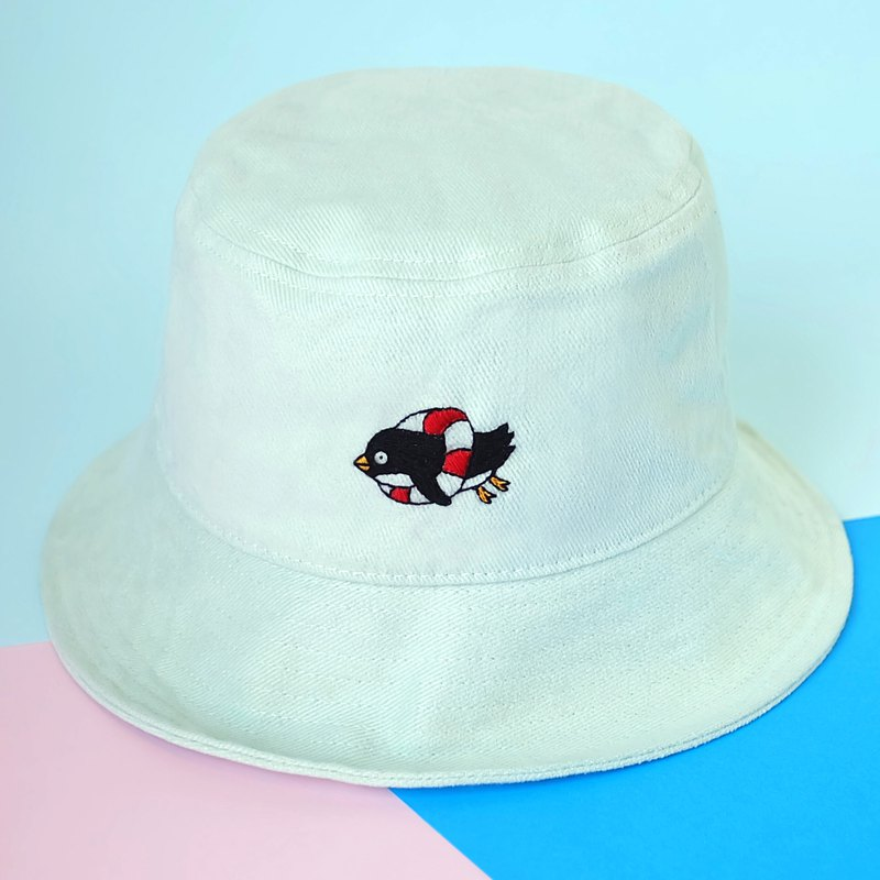 swimming penguin - lime mint bucket hat / hand embroidery