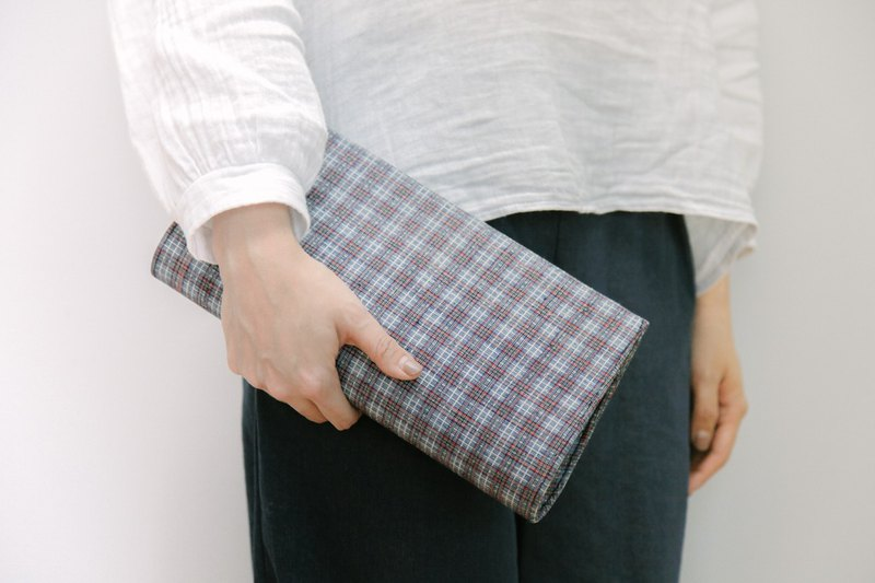 Brut Cake Ancient Cloth Clutch (2) Pure hand-woven textiles are generally out or the evening bag is suitable