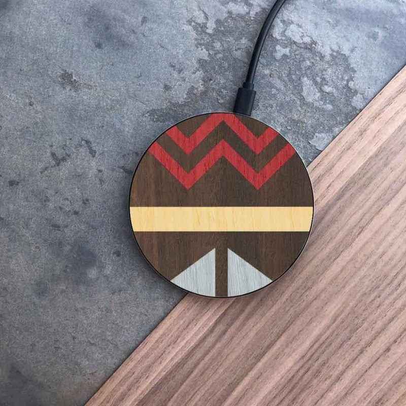 [Pre-Order] Log Wireless Charging Pad / Totem Red and Blue