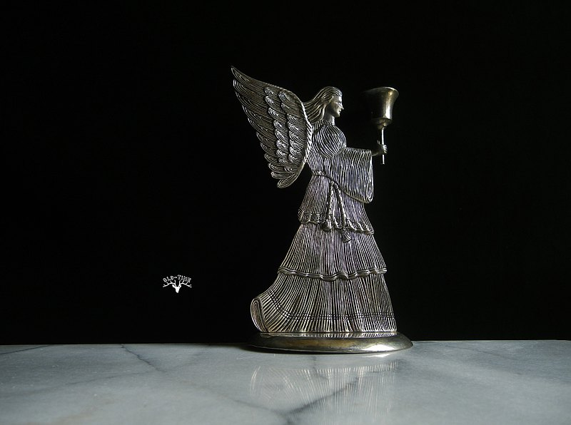 [OLD-TIME] Early American silver-plated angel candle holder