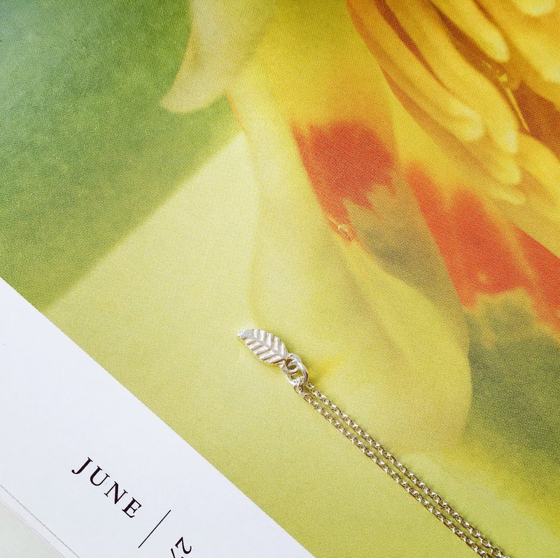 925 sterling silver mini clavicle chain [small leaf necklace]
