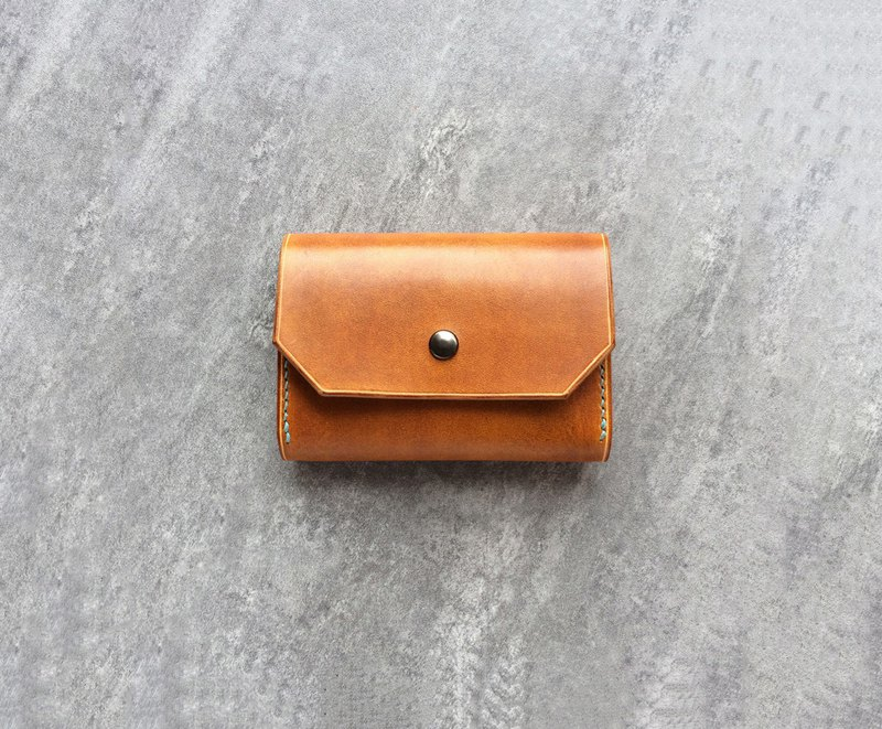 Leather Business card holder / tan leather card case / card holder