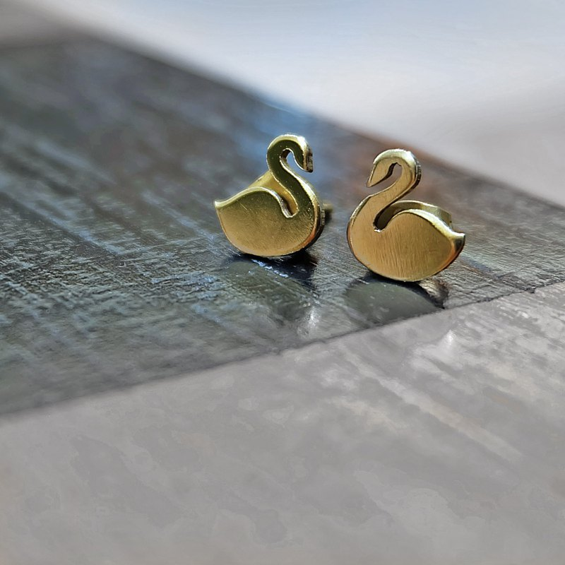 Golden swan brass stud earrings