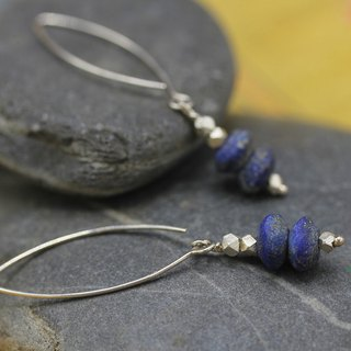 Silver and lapis lazuli beads elliptical hook earrings (E0188A)