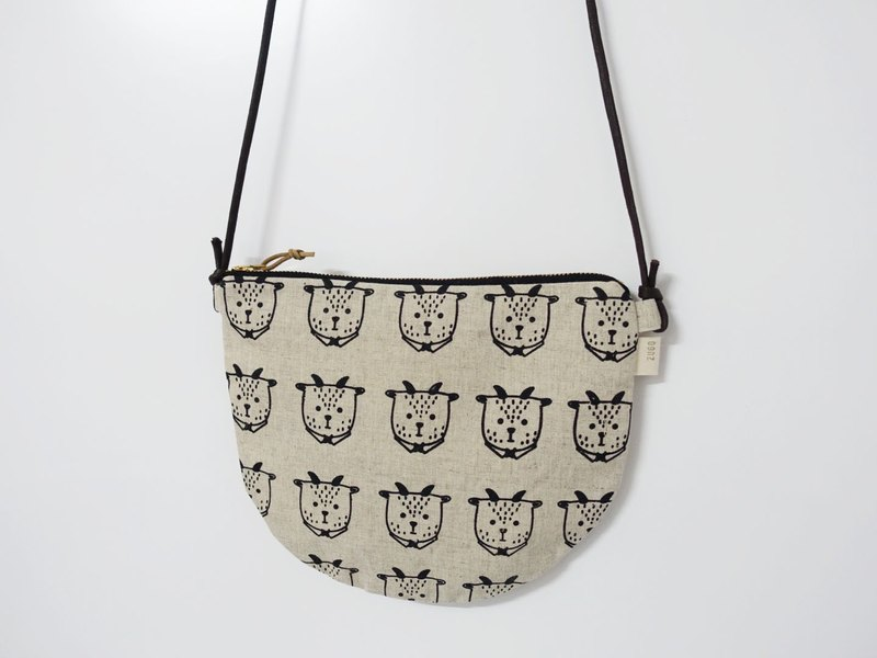 Screen printing crossbody bag Mr. Fat goat