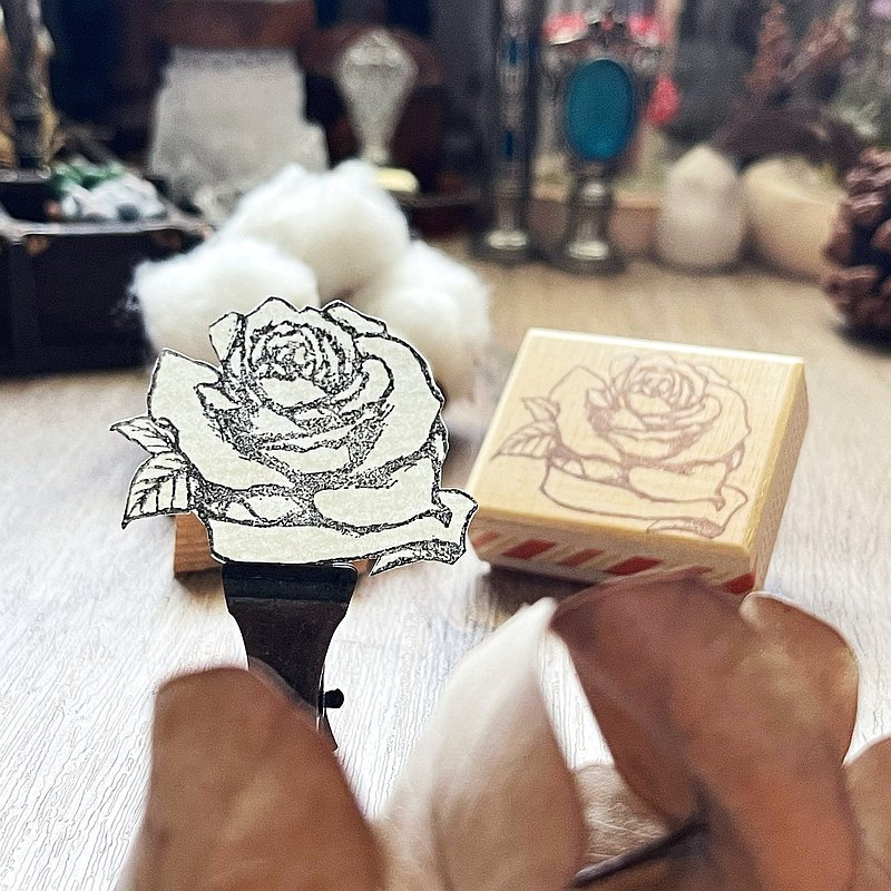 Hand- drawn stamp Gift Thank you Gift with top-up purchase Do not order