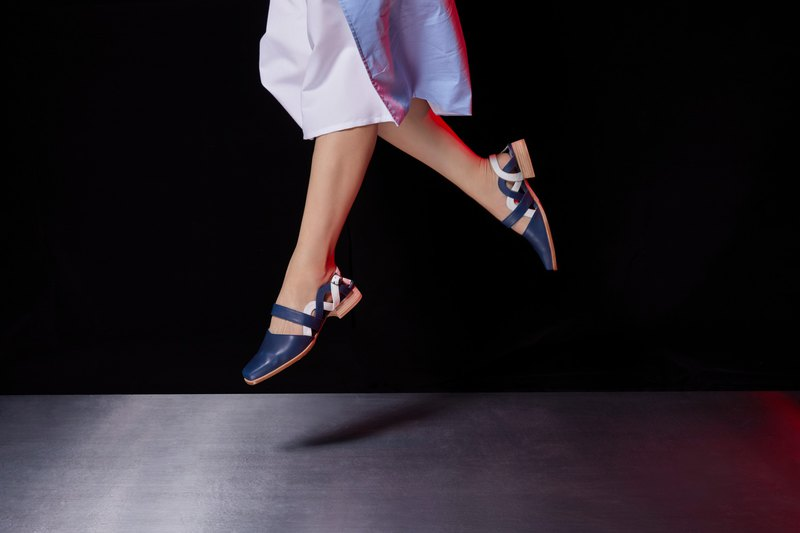 LEADING ROLE | Twist | Design | Handmade Shoes | Purplish blue and white