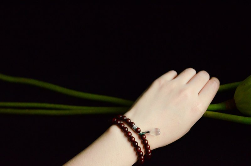 [Ai Lian said] Indian lobular rosewood 6mm South red agate lychee frozen lotus buds fresh literary bracelet