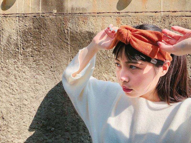 大蝴蝶扭結髮帶_orange_choco_針織點點系列