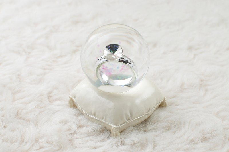 Marry me ring crystal ball pendulum wedding small wedding arrangements to marry small objects