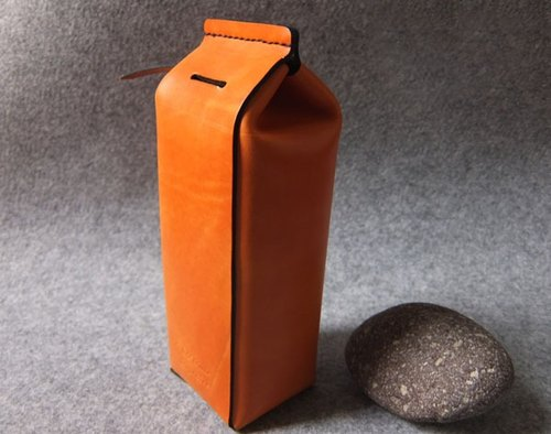 YOURS leather milk box deposit tube by YOURS original design. L-SIZE