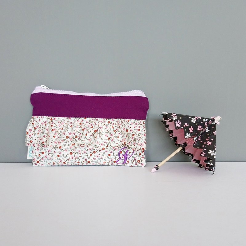 Ruffle Zippered Pouch (Red flowers x Grand Purple)