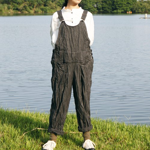 And - Finger Tip Scratch - Crinkle Stripe Suspenders Pants