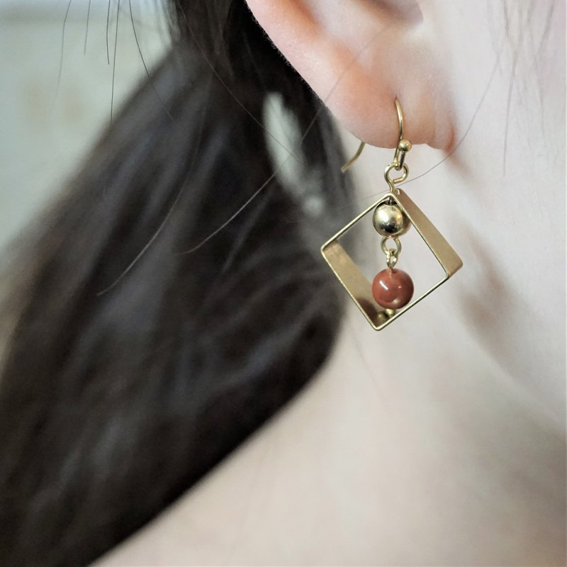 << Persimmon red - Dangle brass earrings >> Can change ear clip / pair (limited special price)