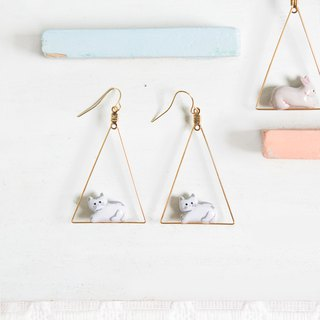 Little Rabbit Cat Triangle Earring