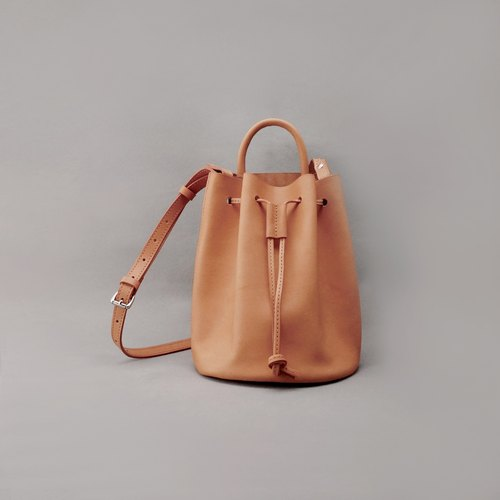 mini Bert Burt leather bucket bag side beam / tan tanned vegetable / hand bag
