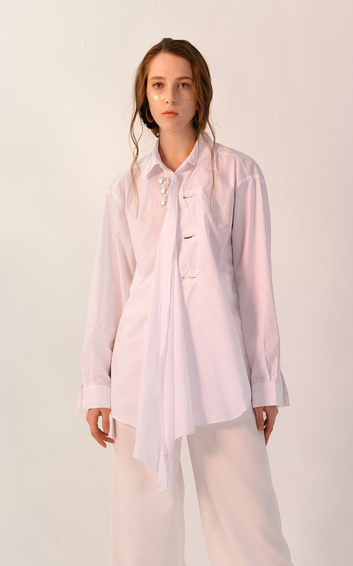 Large pearl decorated three wear irregular cotton long white shirt