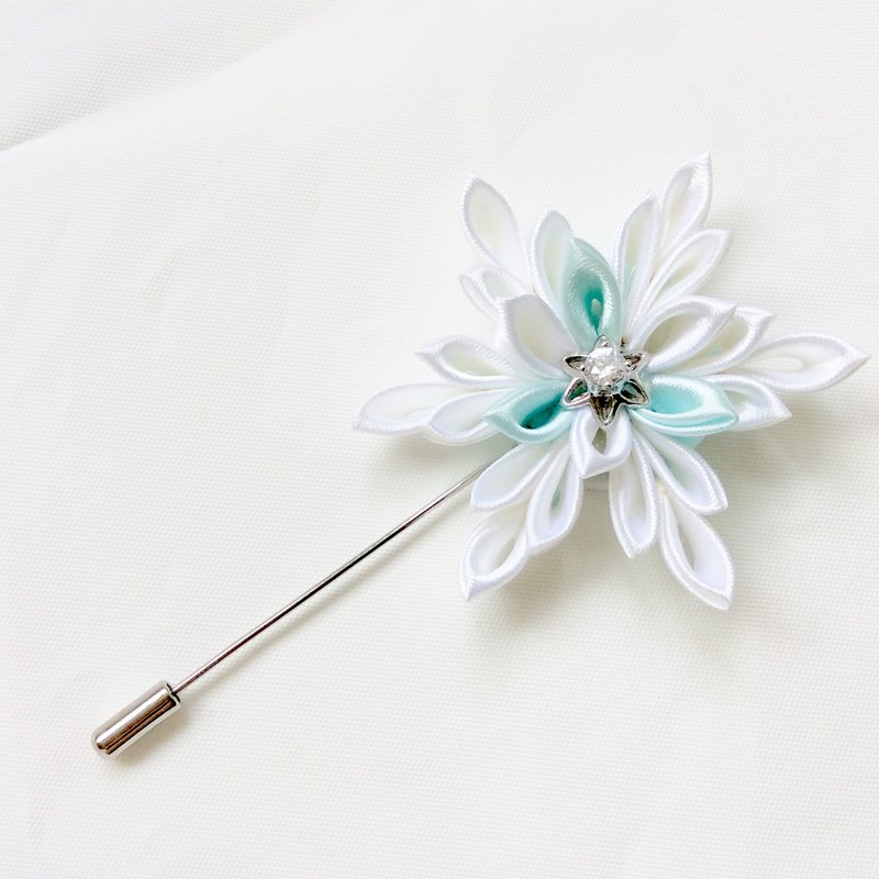 Snowflake Kanzashi white blue ribbon flower brooch