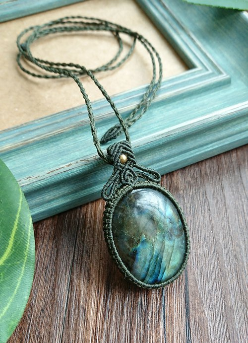 Misssheep P16 Bohemian National Wind South American Wax Line Braided Brass Labradorite Pendant Necklace