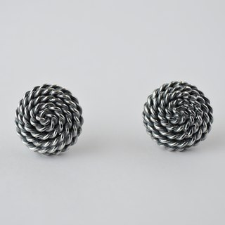 spangle earrings = silver 950 ear-clips =