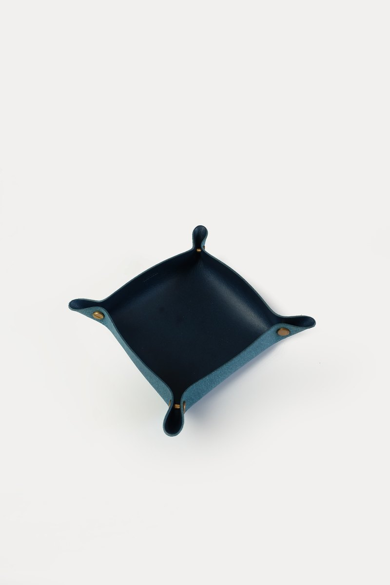 Alfred Valet Tray in Ocean, Small