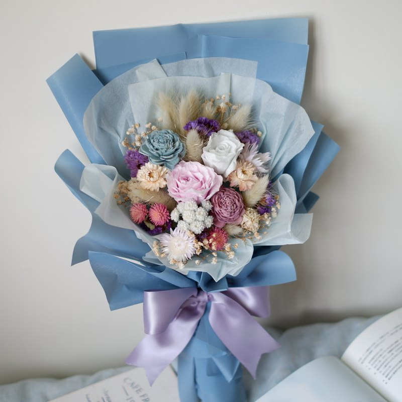 To be continued | Blue-purple is not withered flowers, eternal flower rose bouquet spot