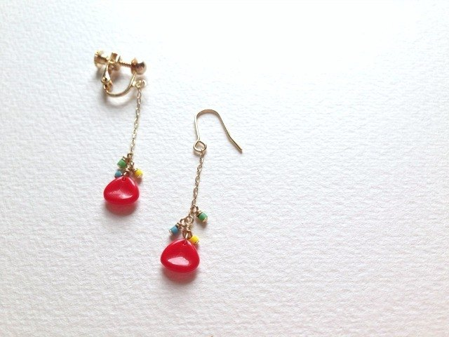 Poppy(earrings(clip-on or pierced ))