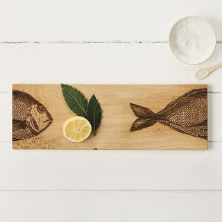 Taiwan's exclusive agent - British Scottish Oak boutique kitchen and oak one forming long 45 cm solid wood shape chopping board / plate / display board (big fish)-Gifts recommended