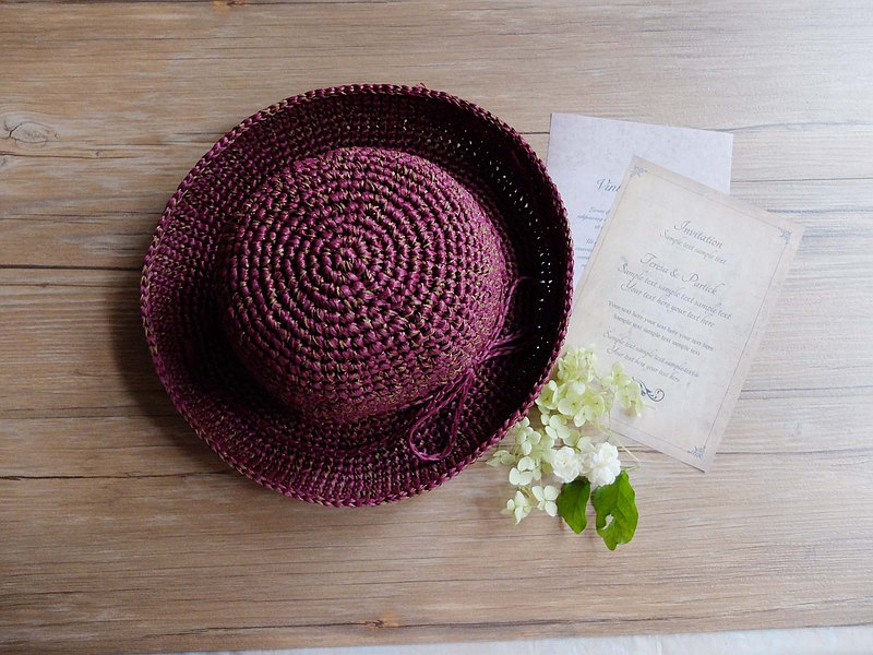 | Mixed color hand-made curling straw hat | Burgundy. Good pretentious.