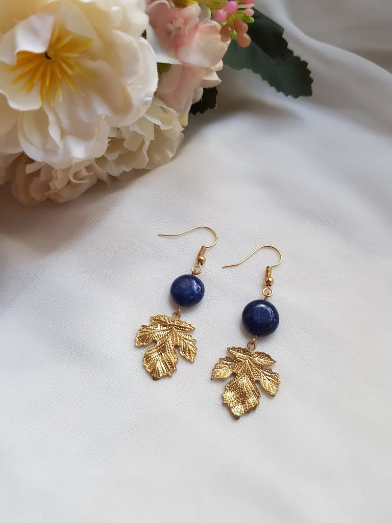 Maple green-lapis lazuli-natural stone earrings / brass ear hook ear clip