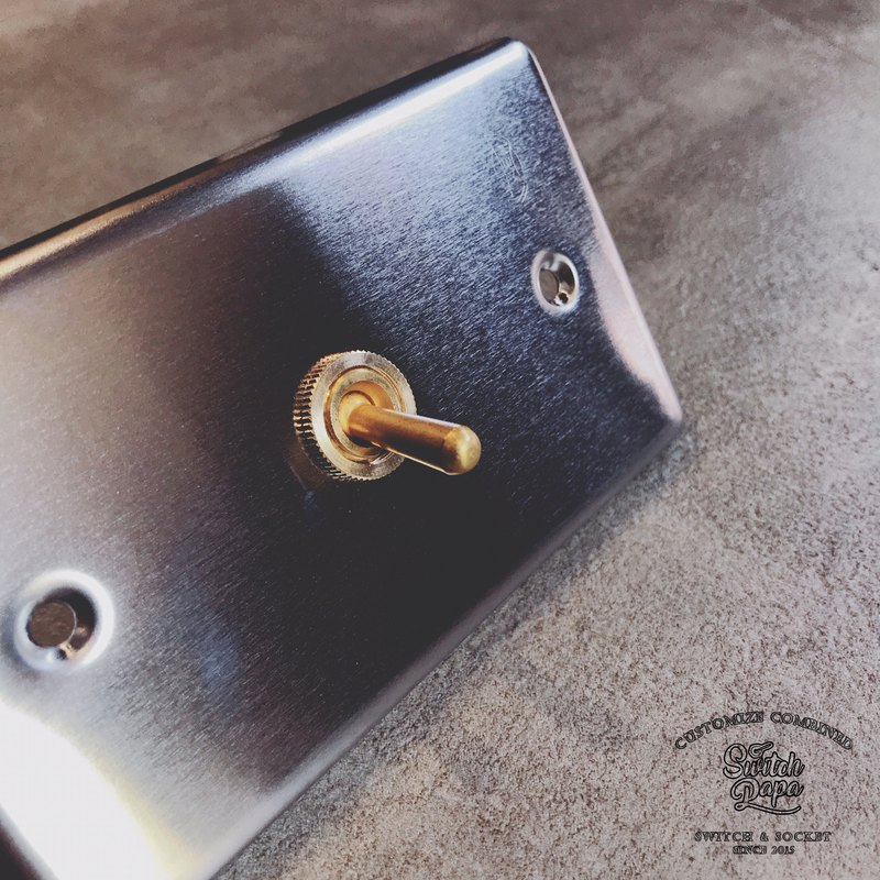Stainless steel vintage brass switch 1 open