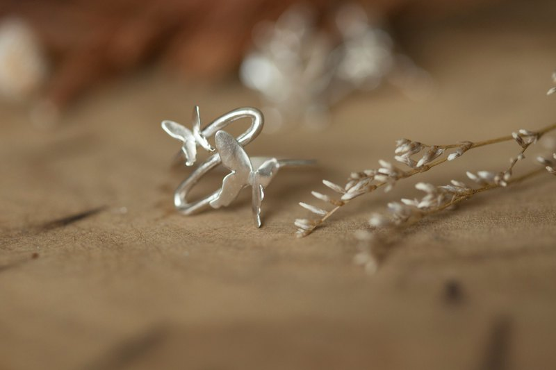 Le papillon butterfly ring