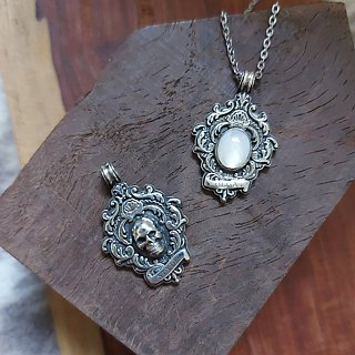 Elegant - carved beads and 925 sterling silver