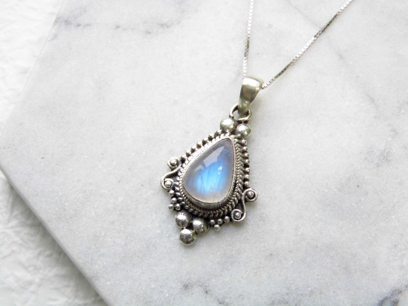Moonstone 925 Sterling Silver Baroque Necklace Nepal Hand Inlay