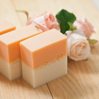. Micro-fragrance bath. Gardenia / Cape Jasmine. Handmade soap cold.