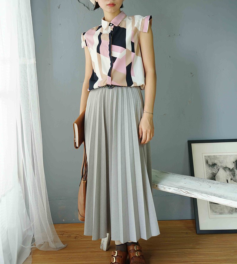 Treasure hunt vintage-electronic style pink geometric color block cap sleeve vest shirt