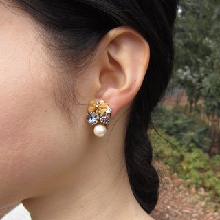 Ribbon and beads earrings (Blue Silver ×)